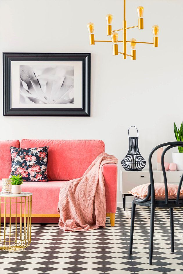 Coral pink living room sofa via @create.perfect