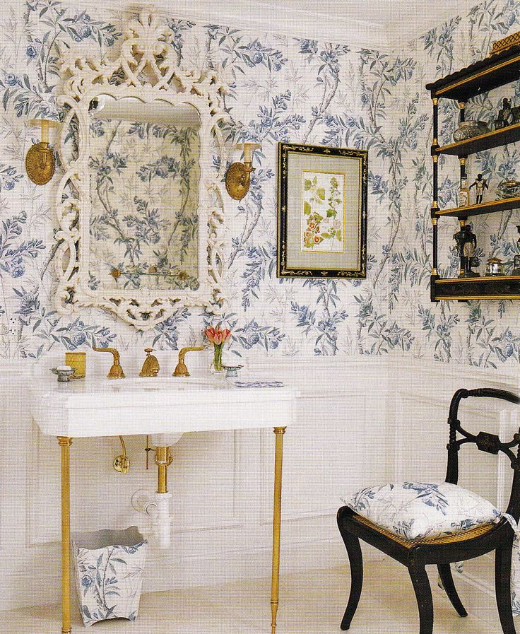 Floral Country Wallpaper in Country Bathroom via Veranda Mag