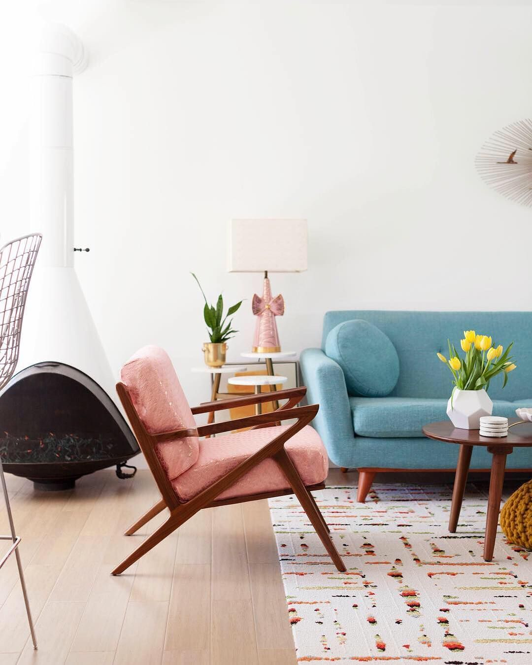 Pops of color in mid-century modern decor via @melodrama
