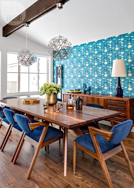 Turquoise Mid-century modern dining chairs via @styleathome