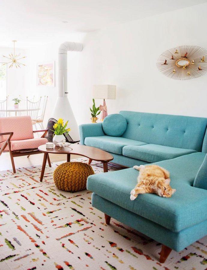 25 Fabulous Mid-Century Modern Sofas