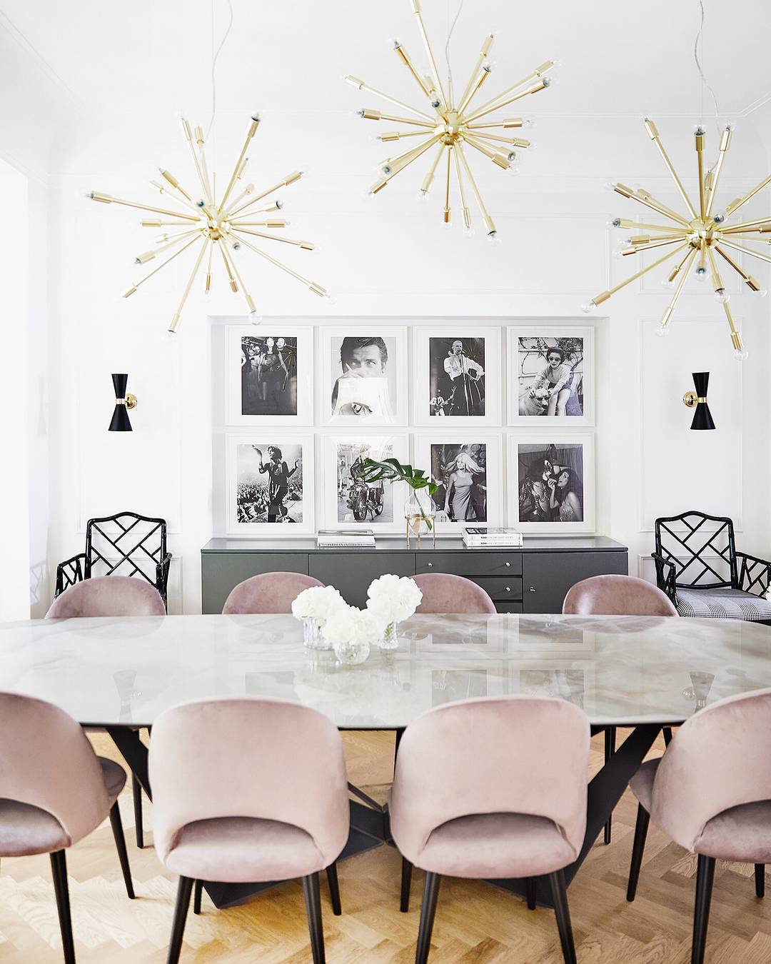 Pink Velvet dining chairs and starburst chandelier via @delia_westwing