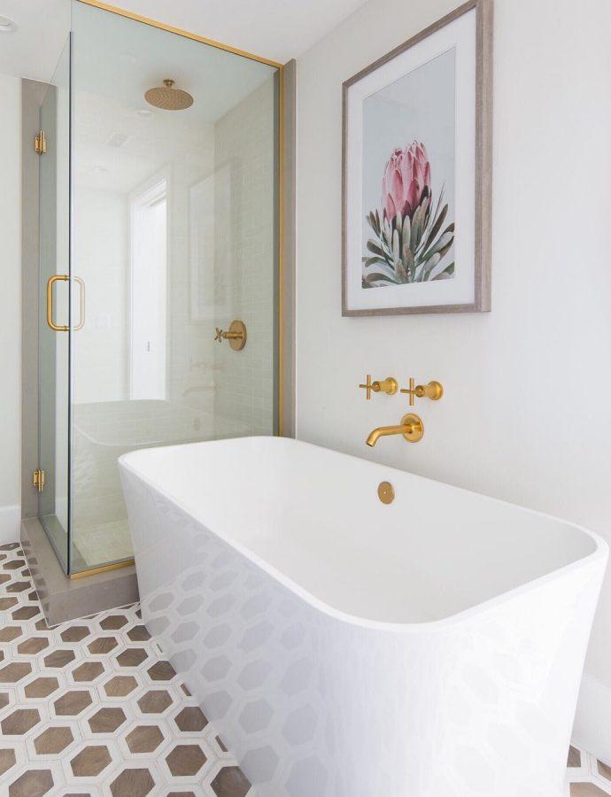 The Basic Bathroom Decor Guide
