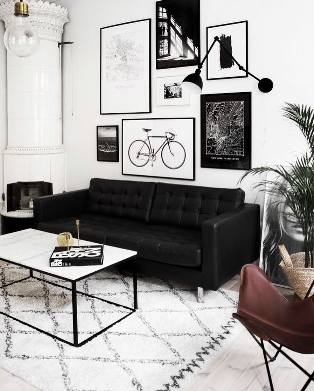 10 Black Sofas for a Dramatic Look