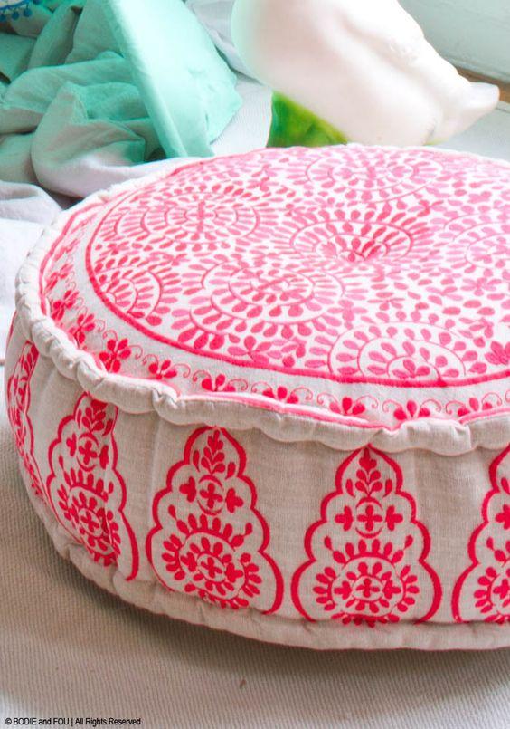 Bohemian style floor cushions via BODIE and FOU