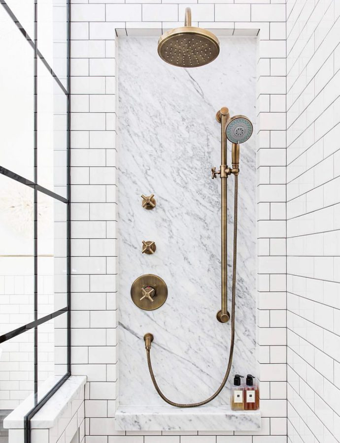 5 Vintage-Style Aged Brass Shower Faucets & Hardware Systems