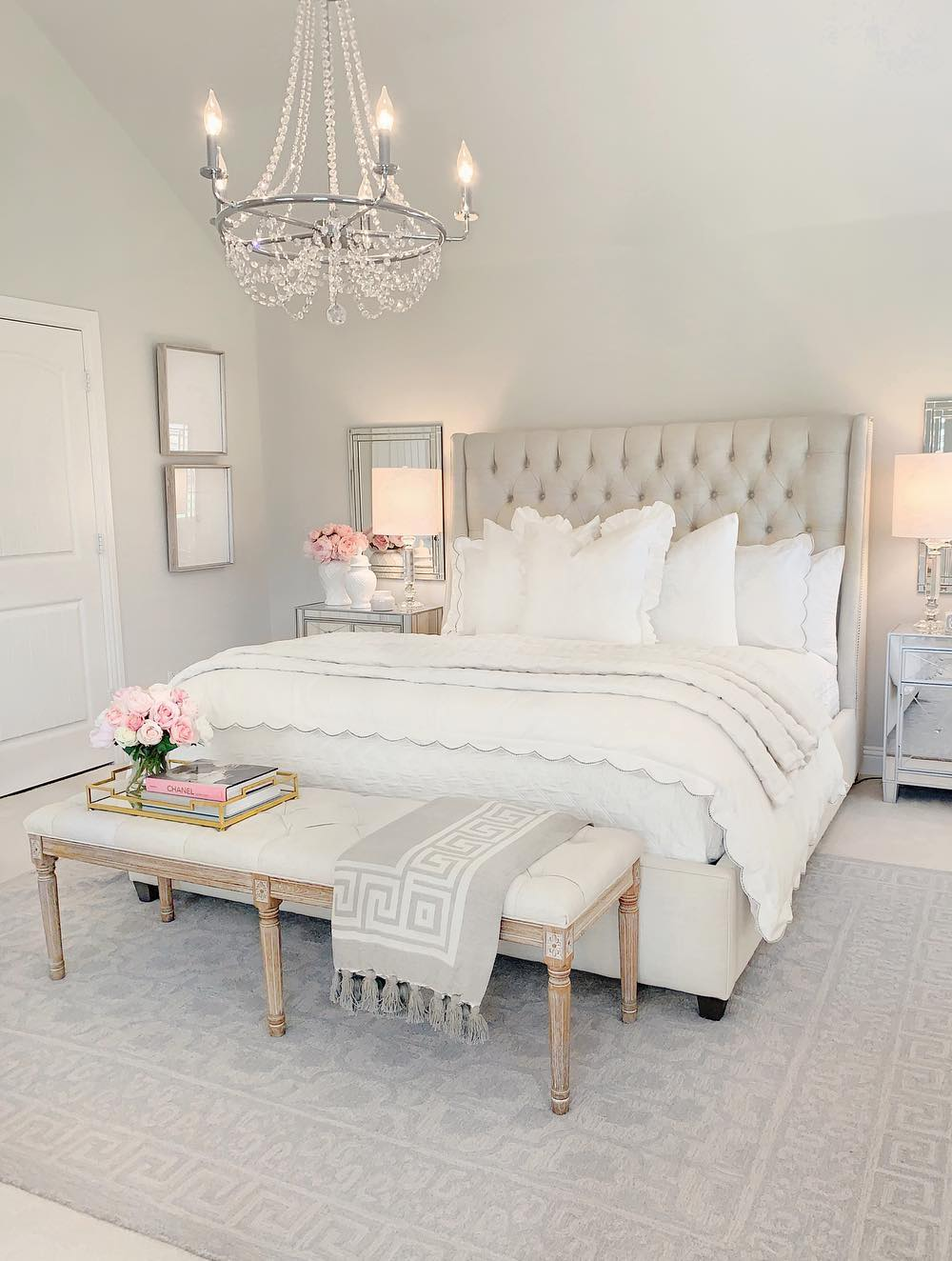 Neutral tufted headboard in bedroom via @thedecordiet