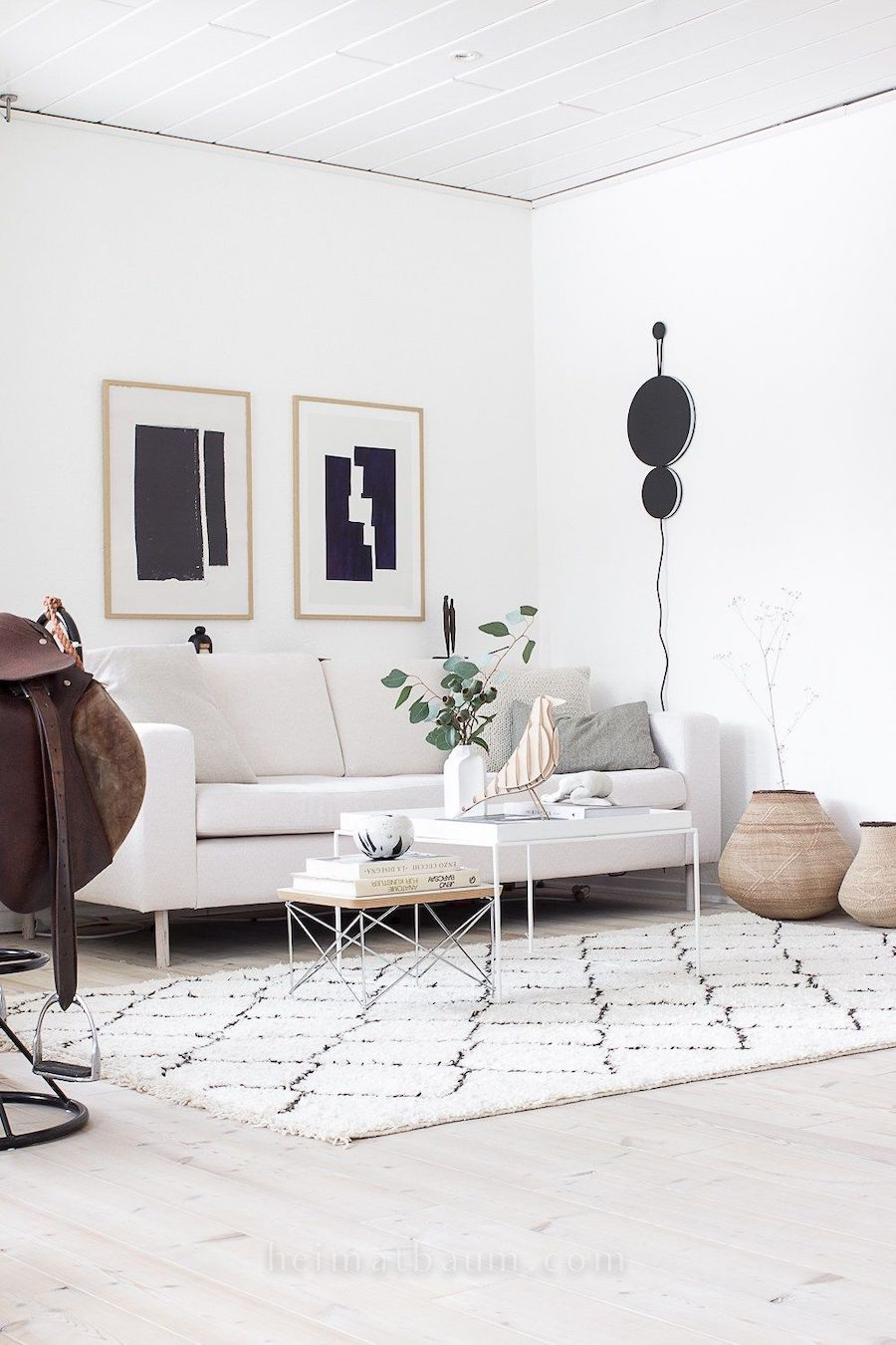Scandinavian Living Room design via @heimatbaum