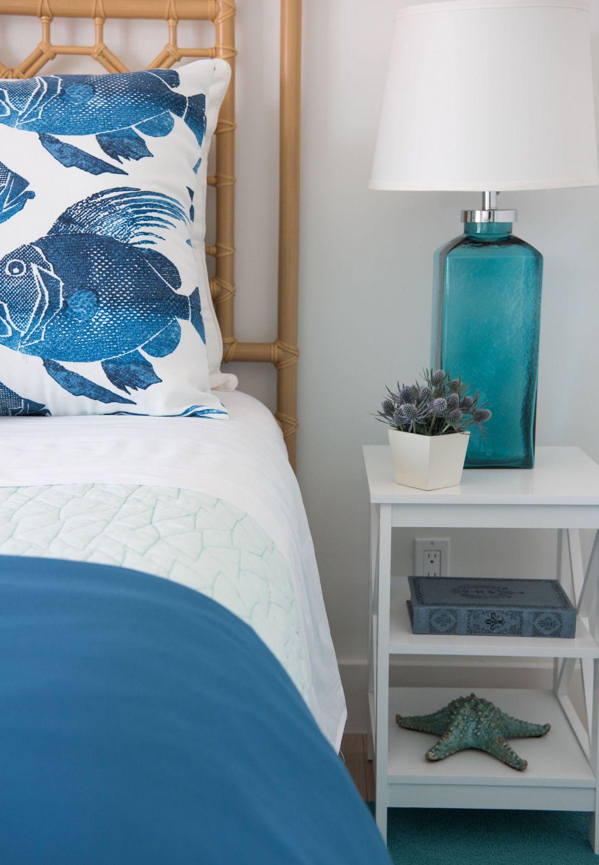 Coastal turquoise glass table lamp via Beth Lindsey