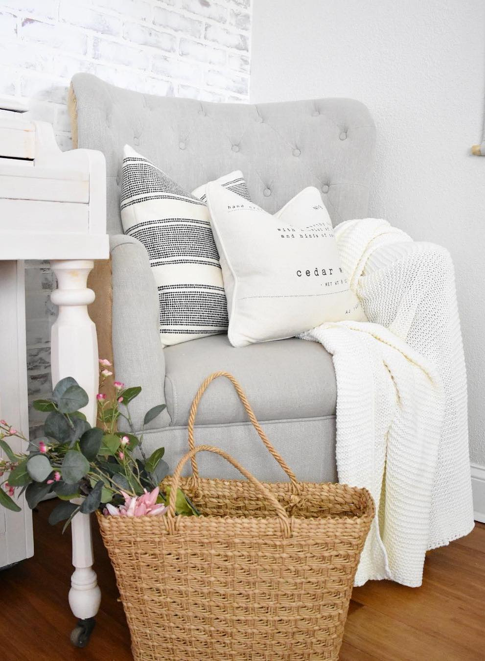 15 Farmhouse Throw Pillows For The Couch Bed And More