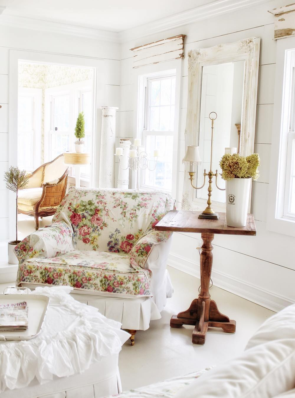 French Country Side Tables via @simplyfrenchmarket