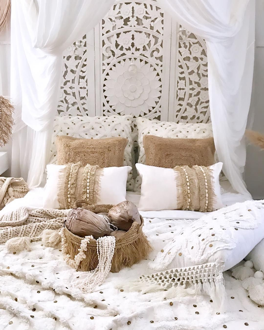 Bohemian Bedroom via @beach_casa