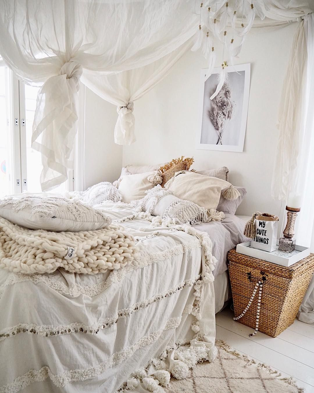Bohemian bedroom with ivory sheets and white canopy drapes via @prinsessavanessa