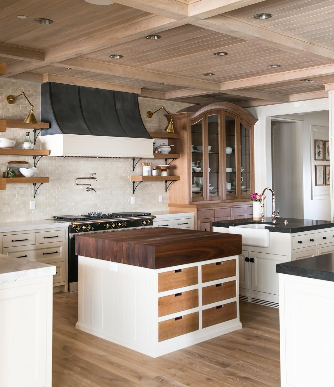 3 Inspirational Kitchens with Two Islands