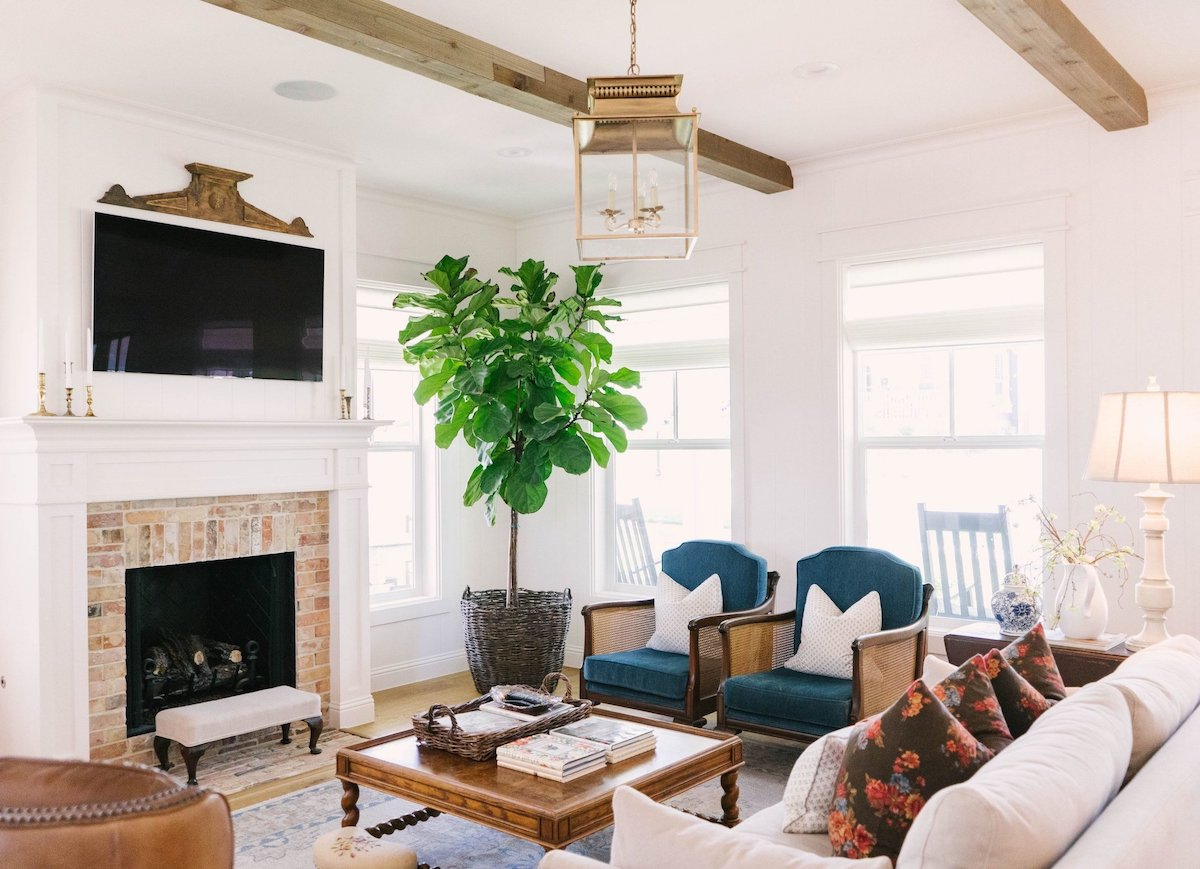 A Vintage Home Tour Of Blooming Ivy Lane