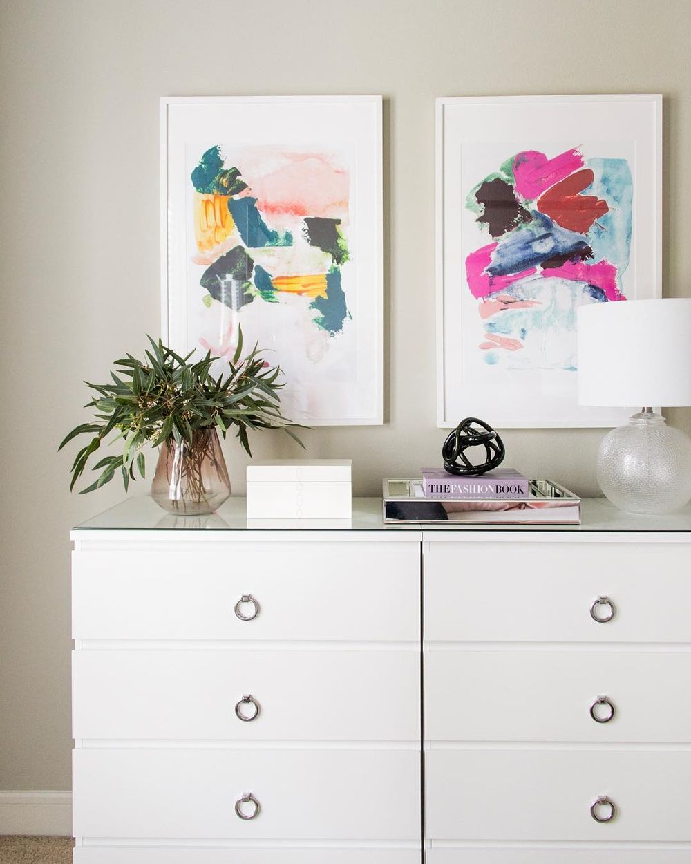 Two abstract art prints via @alisacristineinteriors