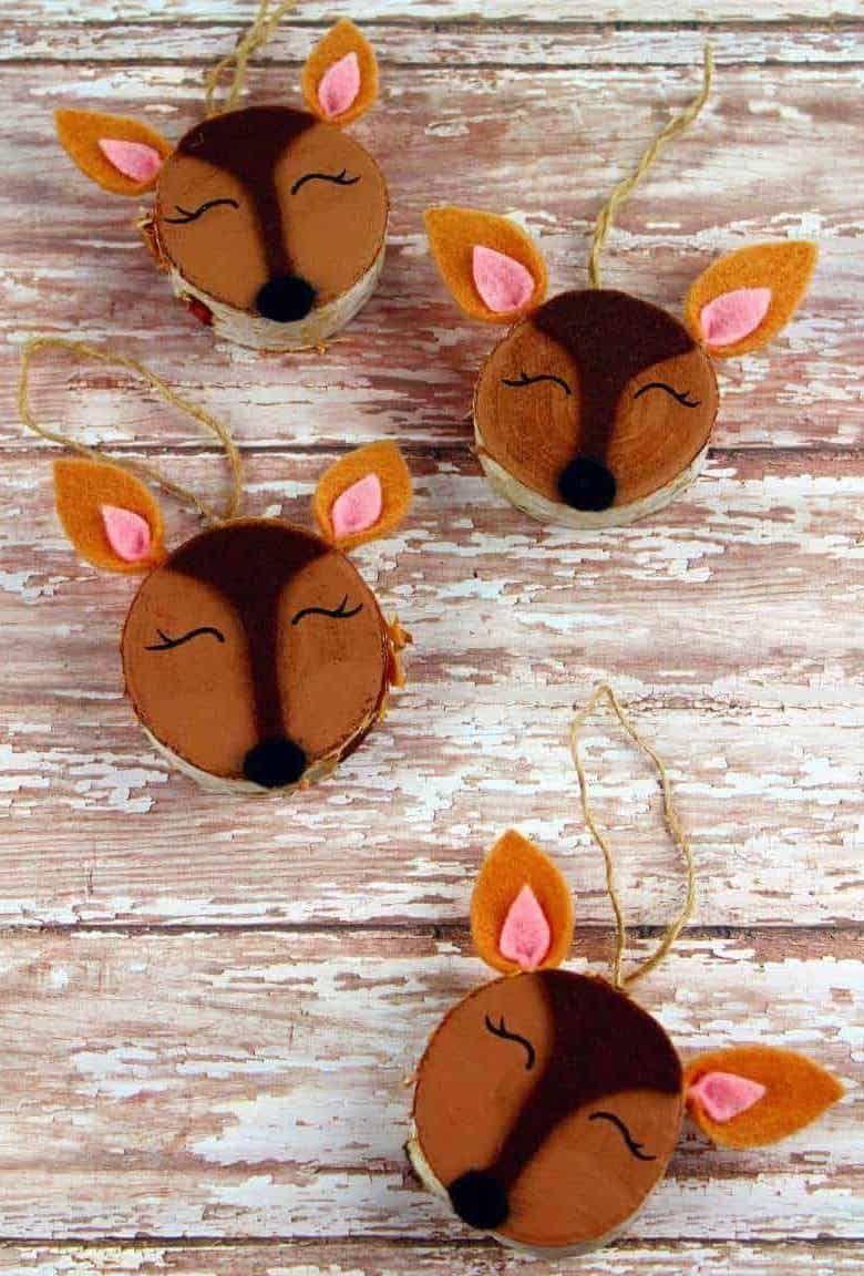 DIY Christmas Decorations Wooden Slice Doe Ornaments via theinspirationedit