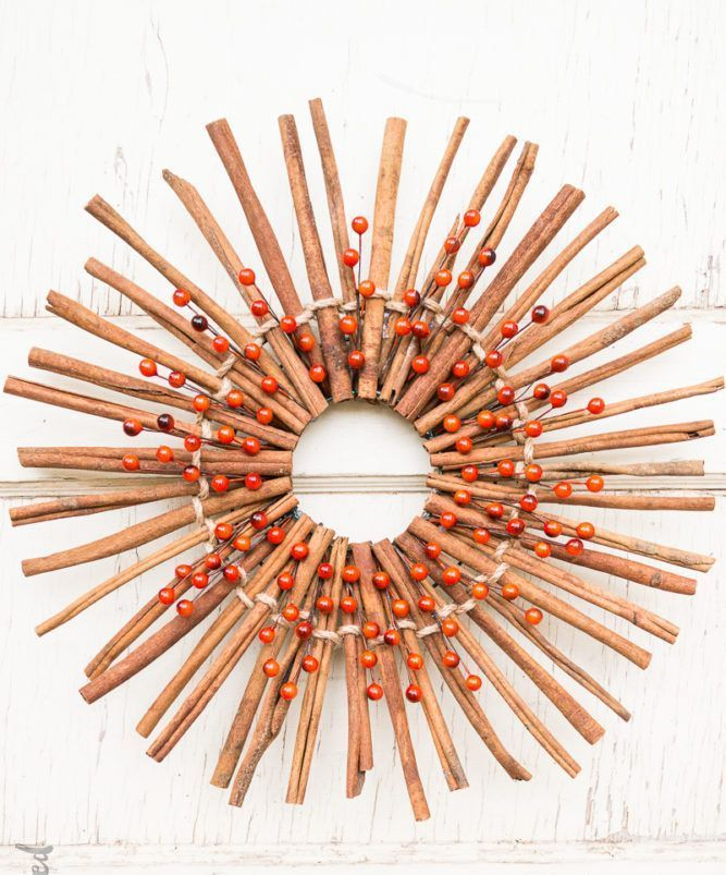 DIY Cinnamon Stick Fall Wreath via consumercrafts