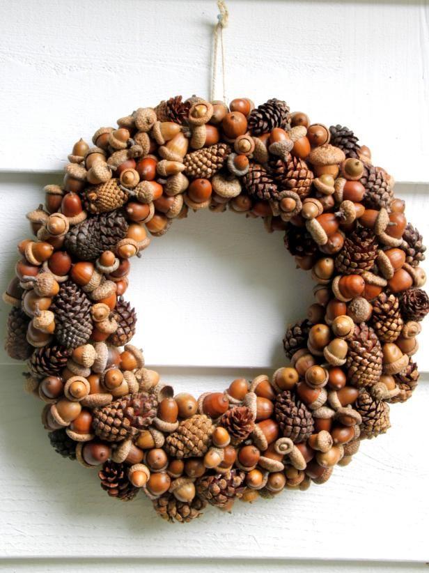 DIY Fall Wreath using acorns and pinecones via hgtv