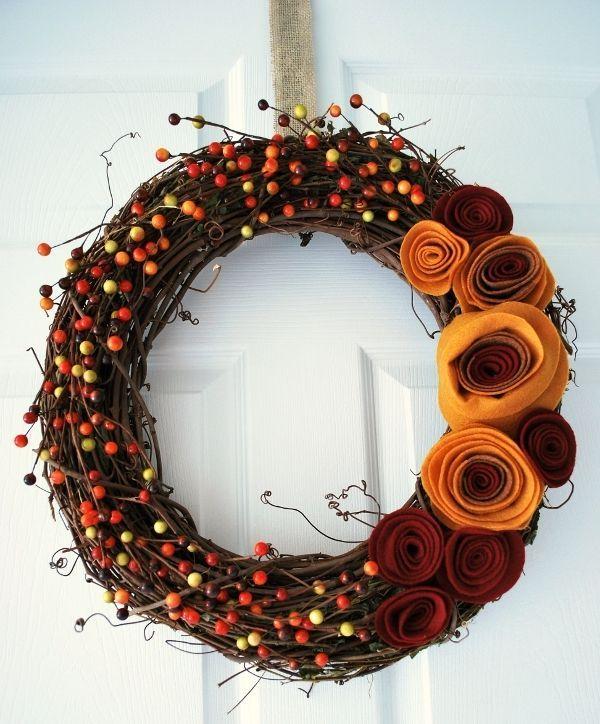 DIY Fall Wreath with Felt Rosettes via craftingmom