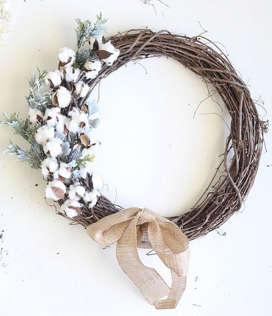 DIY Fall cottonball wreath via runtoradiance