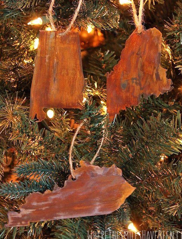 DIY Faux Rusted Metal Ornaments via wherethesmileshavebeen