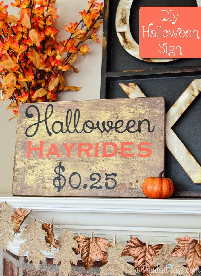 DIY Halloween Hayrides Sign via polishedhabitat