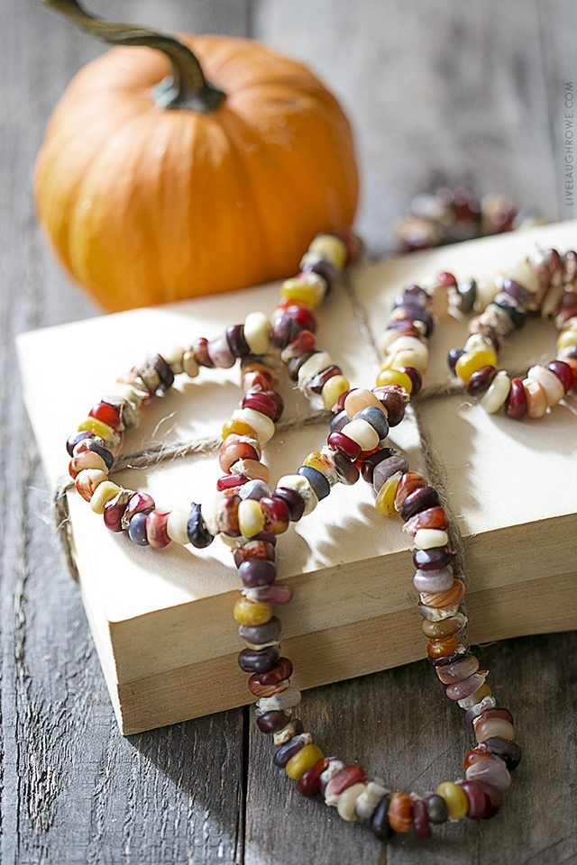 DIY Indian Corn Seed String via livelaughrowe