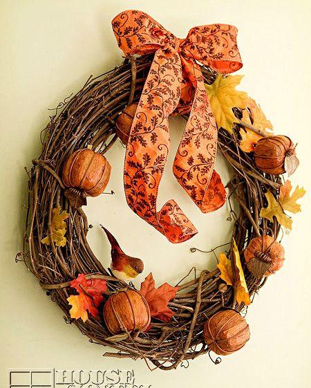 DIY Rustic Autumn Wreath via houseofjoyfulnoise