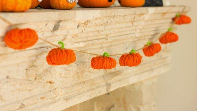 DIY Yarn Pumpkins Garland via designimprovised