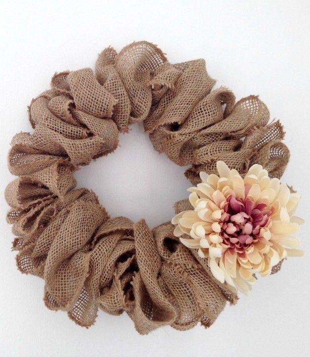 Easy DIY Burlap wreath via justcallmehomegirl