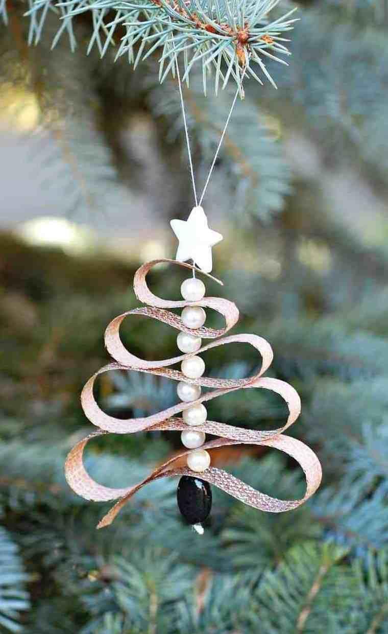 Essential Oil Diffuser Christmas Ornament via happydealhappyday