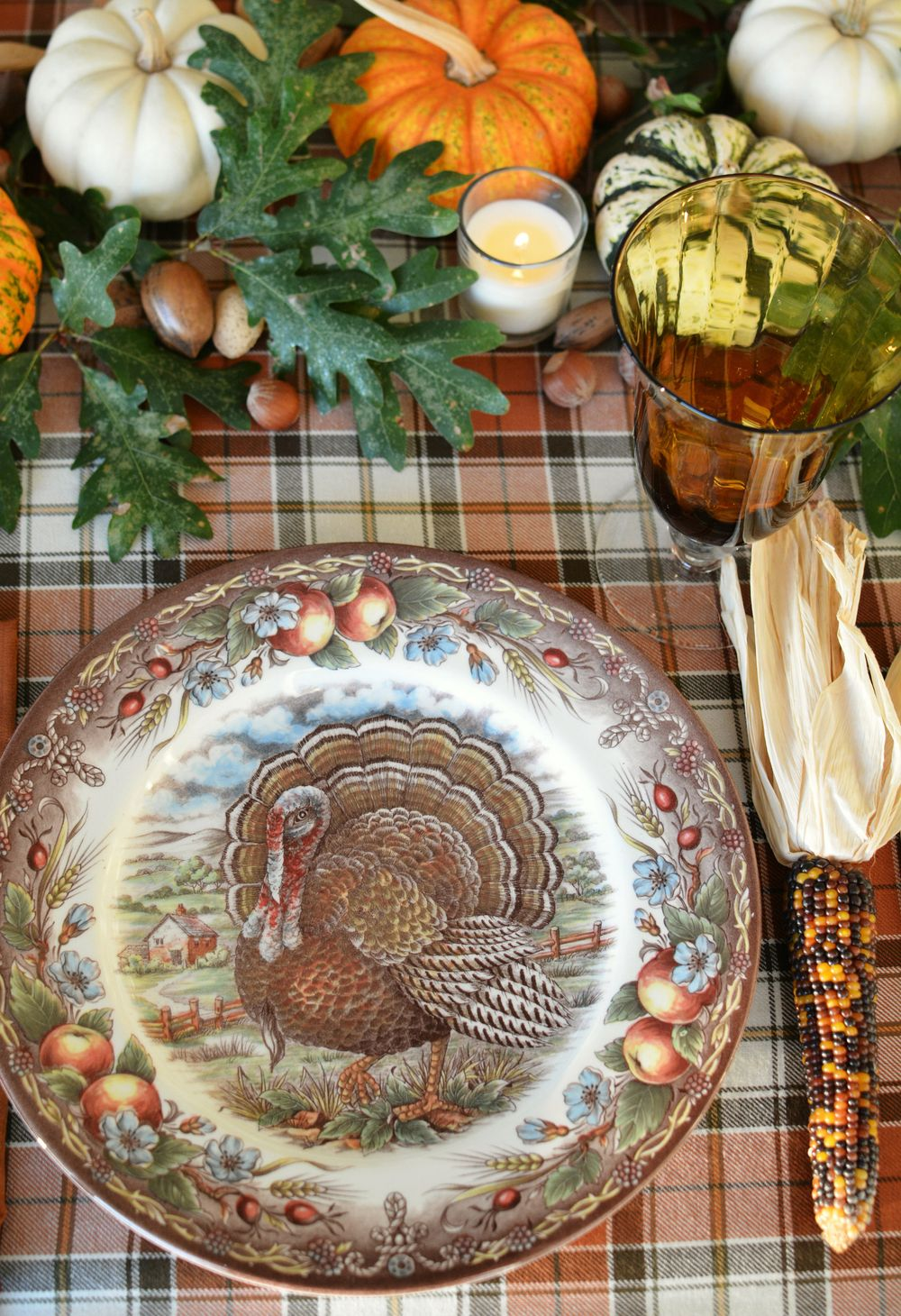 17 Essential Thanksgiving DecorationsThanksgiving