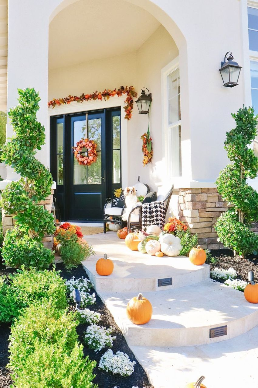 Fall Front Porch with Leaf Garland above Door via kristywicks