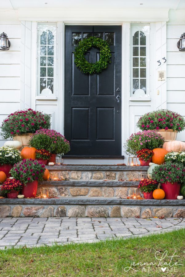 Fall Front Porch with Mums via jennakateathome