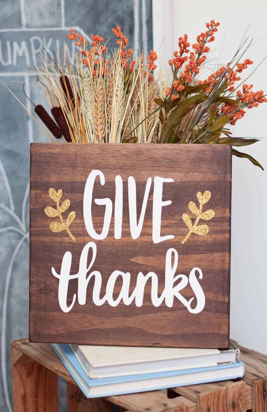 Give Thanks Fall DIY Sign via modpodgerocksblog