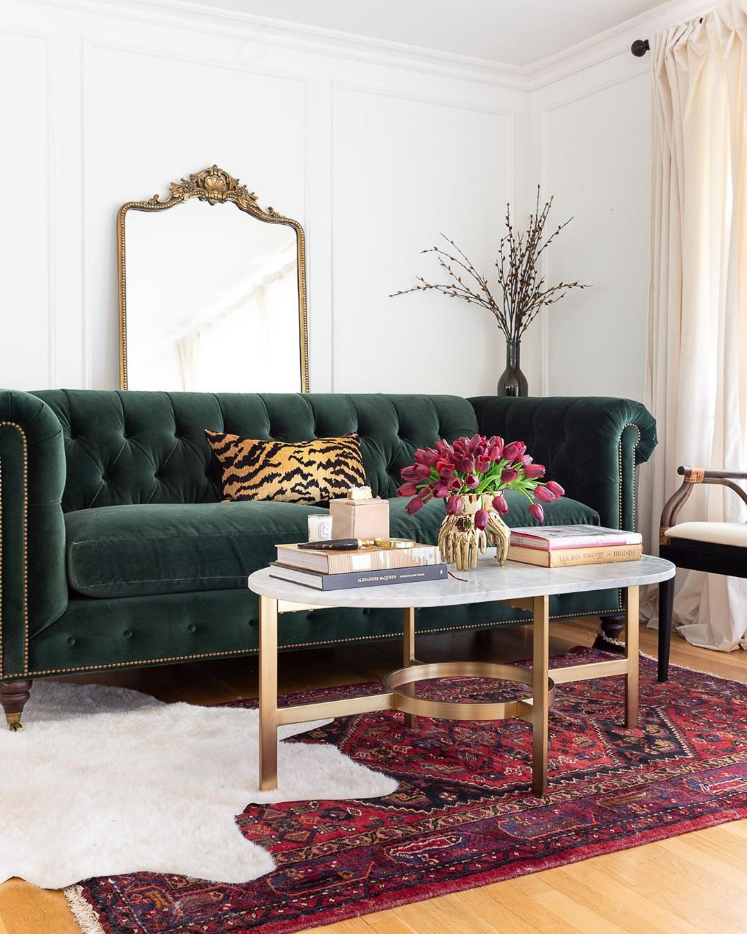 13 Glamorous Furniture Pieces to Remind You of Old Hollywood