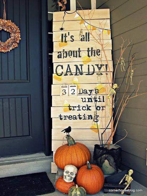 Halloween front porch decor via iheartnaptime