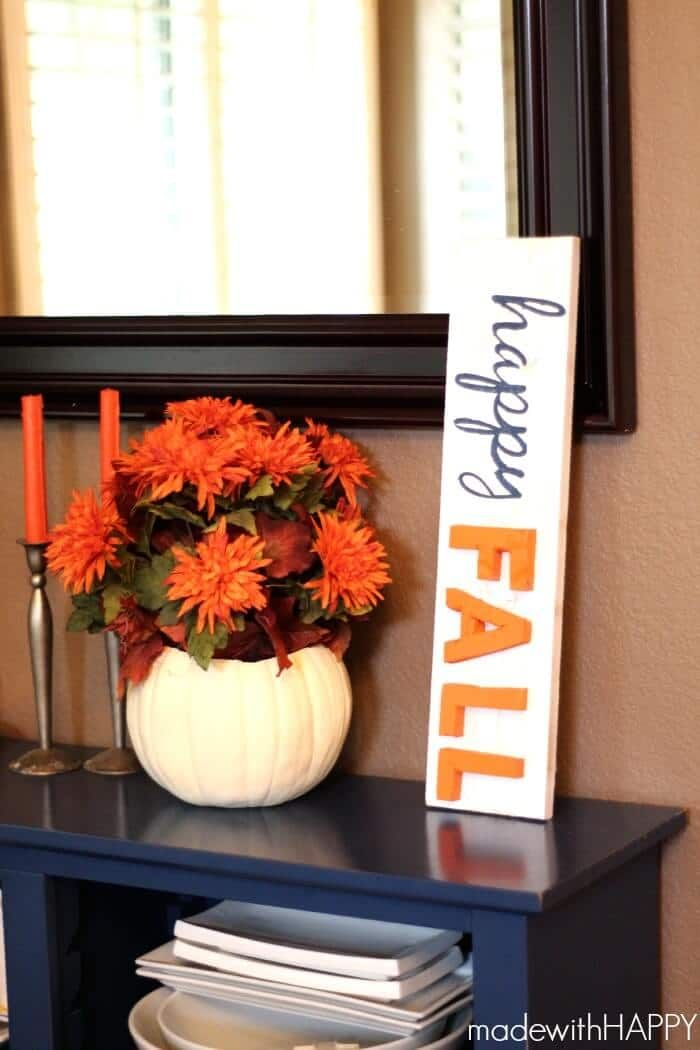 Happy Fall DIY Sign via madewithhappy