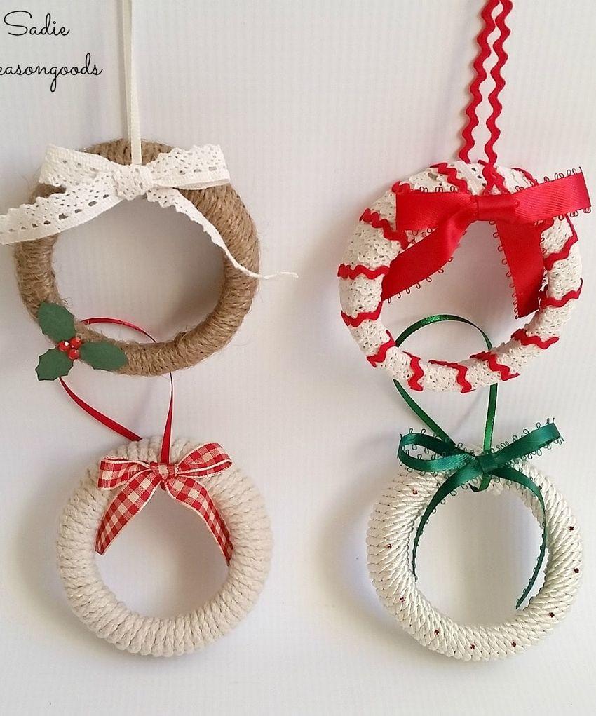 Mason Jar Lid Mini Wreath ornaments via sadieseasongoods