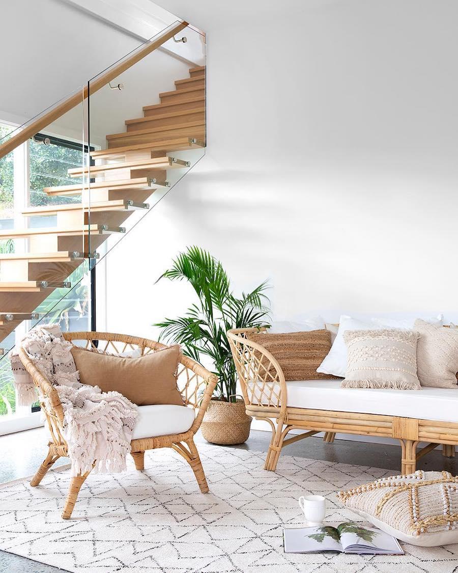 Neutral decor - Rattan furniture via @villastyling