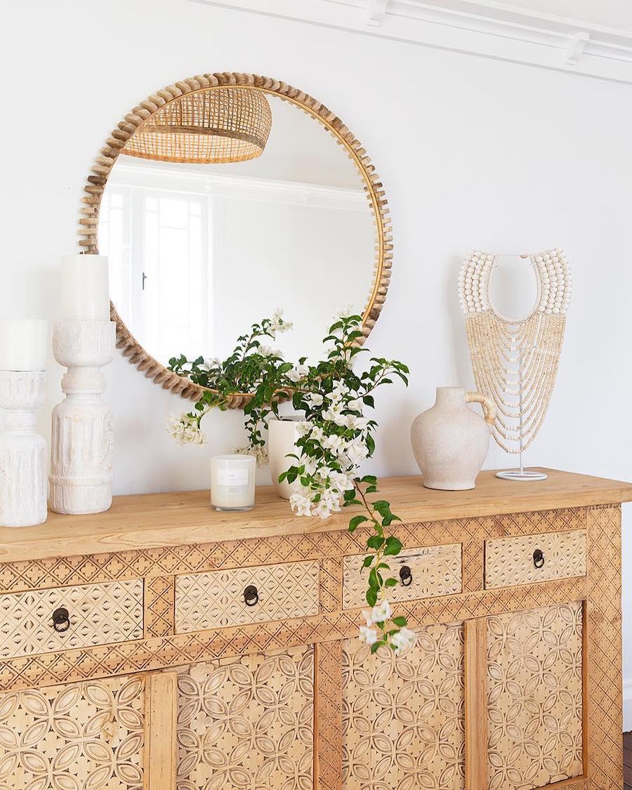 Neutral decor - textured furniture via @villastyling