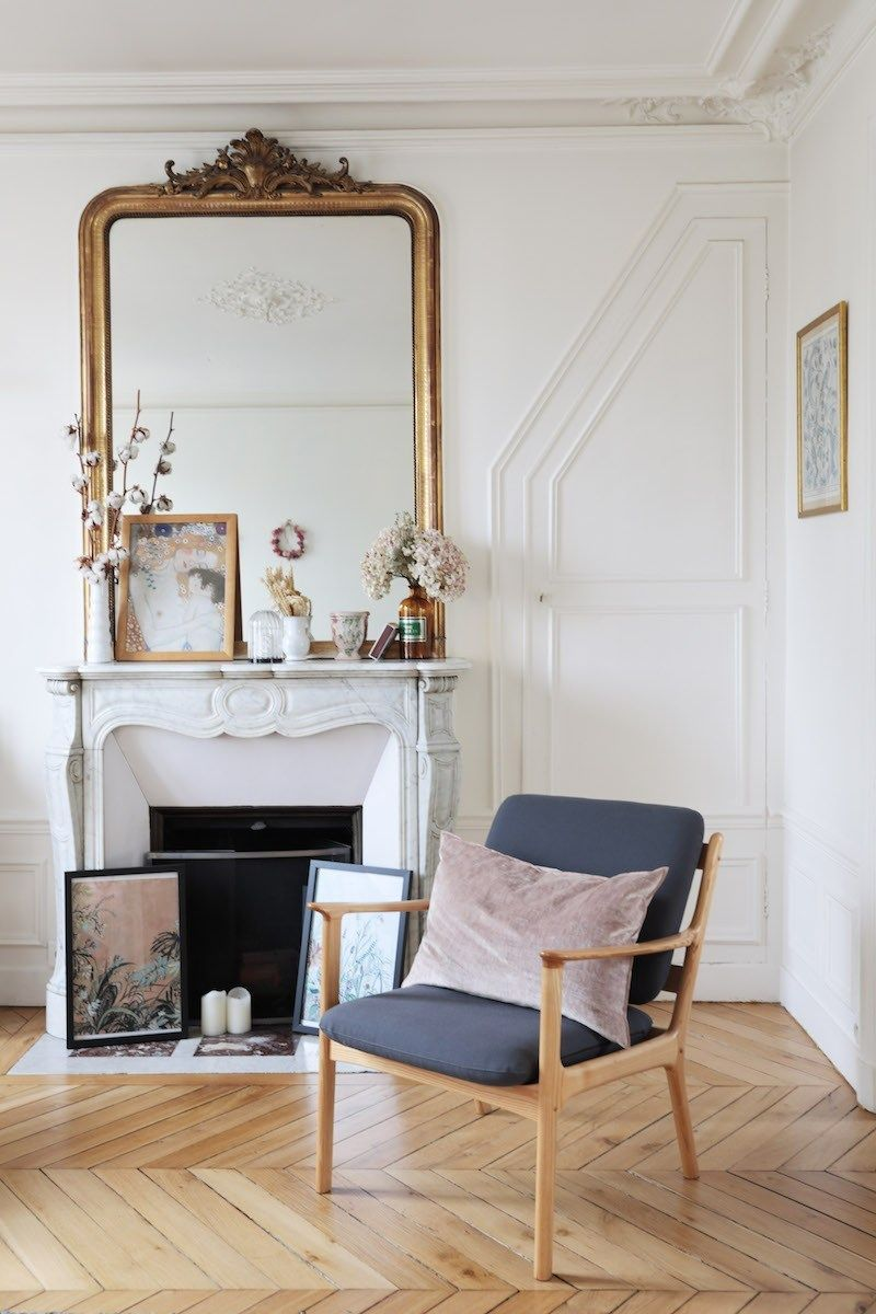Parisian fireplace with Art, Candles, and Cotton via Hello-hello Sweet Cabane