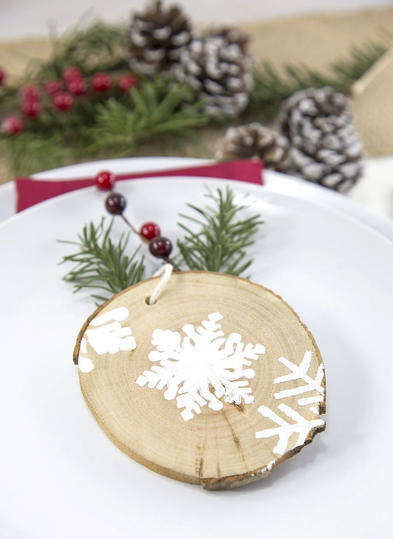 Rustic Wood Snowflake Ornament DIY via pressprintparty