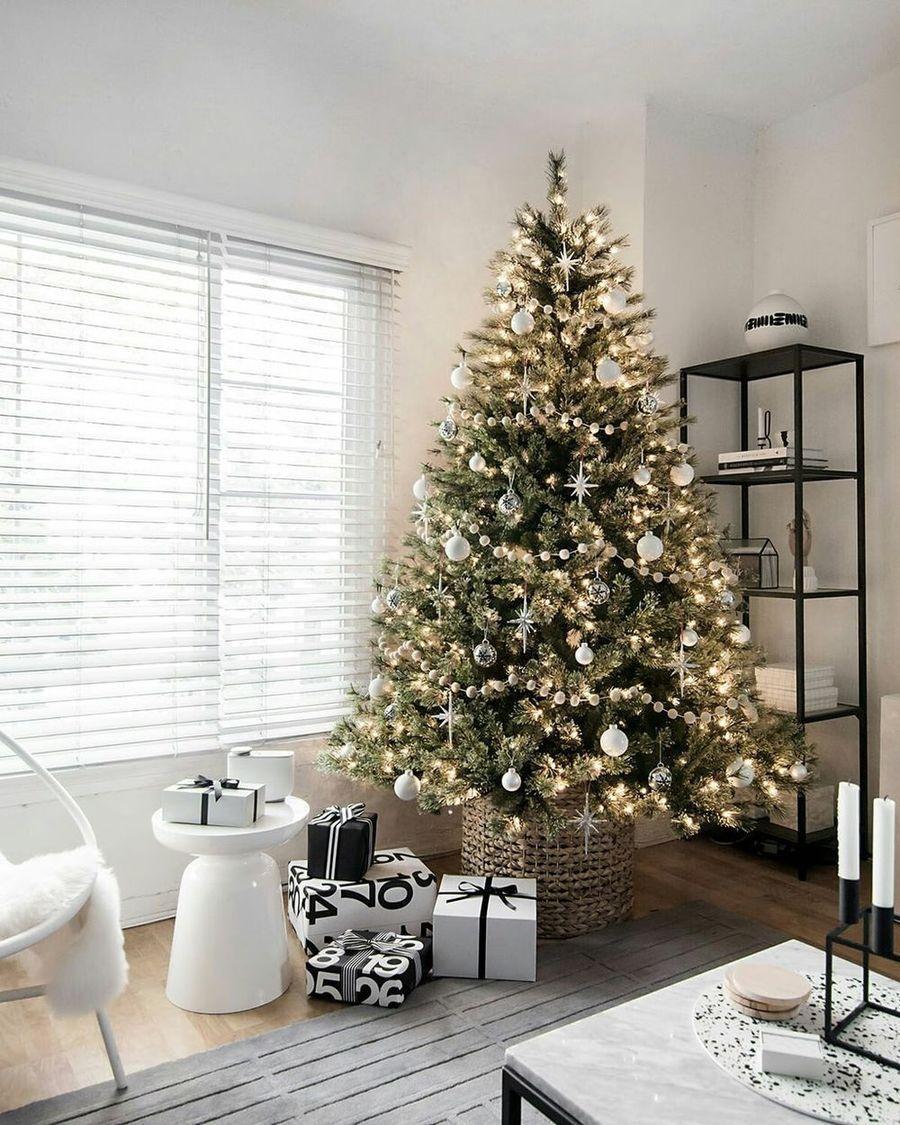 Black and White Scandi Christmas living room decor