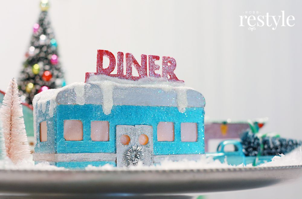 DIY Retro Diner for Christmas Village via robbrestyle