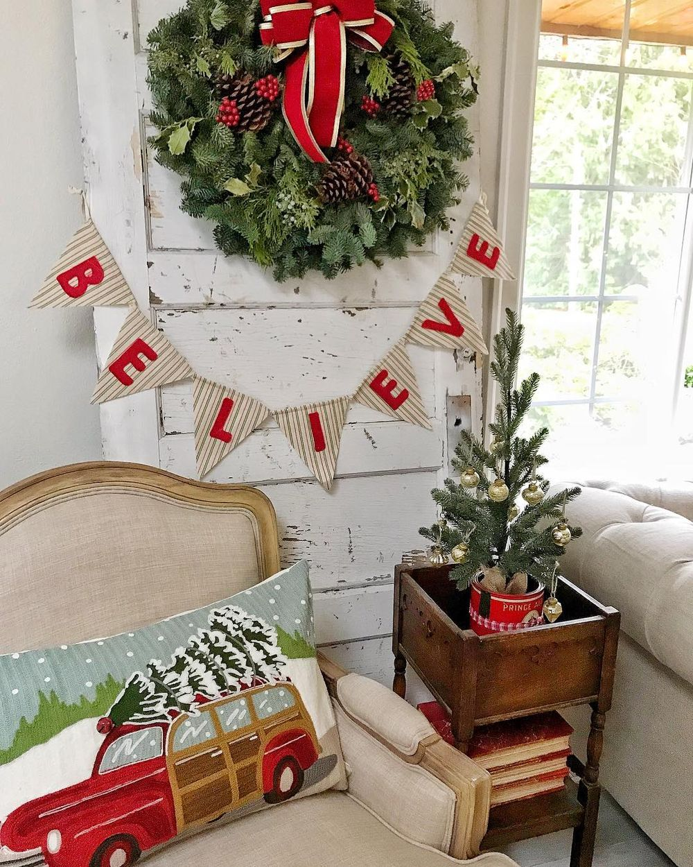 25 Essential Christmas Decorations You Must Own