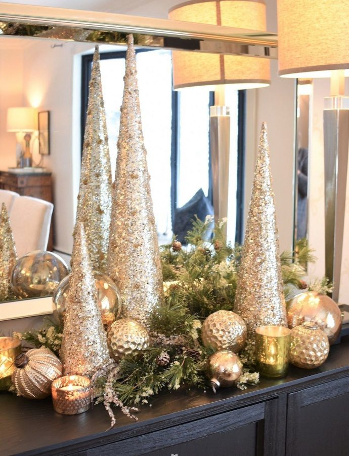 25 Modern Glam Christmas Decorations You Need!