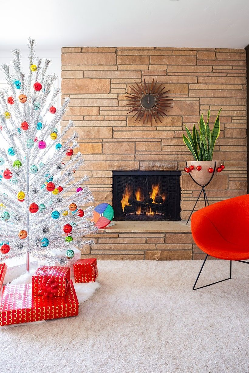19 Mid Century Modern Christmas Decor Ideas