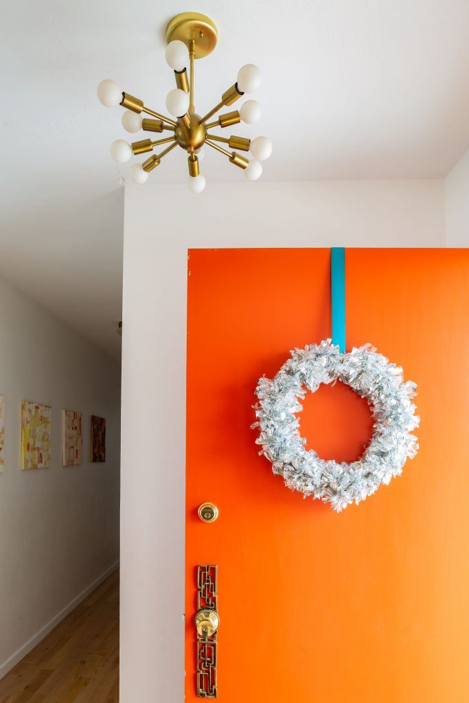 Mid-century Modern Tinsel Wreath and Sputnik Chandelier via suburbanpop